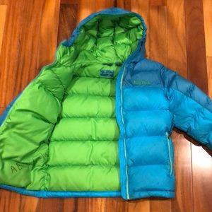 Marmot Puff Hooded 650 Fill Girls Down Jacket.